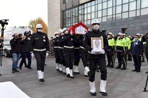 Şehit Polis Memuru Barış Göl'ün Naaşı Düzenlenen Törenle Memleketine Uğurlandı