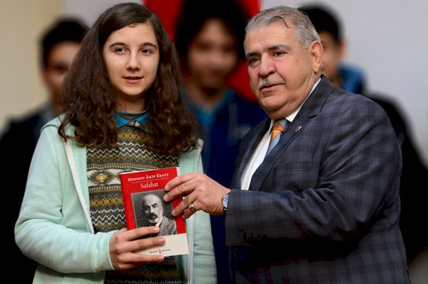 Başkan Mahçiçek, İstiklâl Şairi Mehmet Akif Ersoy'u Andı