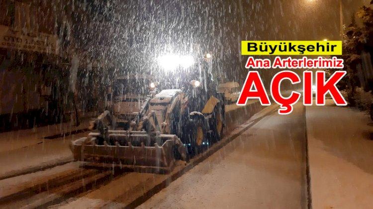 """Büyükşehir: """"Ana Arterlerimiz Açık"""""""