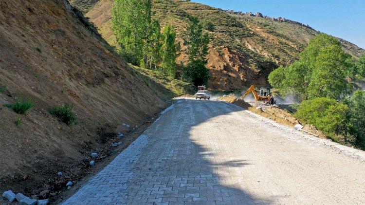Büyükşehir'den 3 İlçeye 57 Bin Metrekare Parke Çalışması